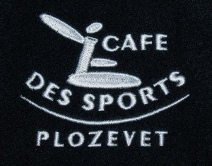 veste-polaire-brodee-cafe-sports_plozevet