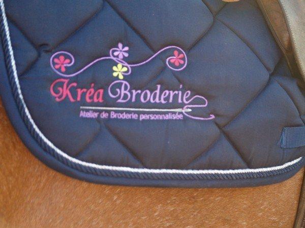 Kr A Broderie Tapis De Selle Brod Kr A Broderie Logo