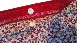bouillotte-seche-micro-ondes-dehoussable-leonie-rouge-fleuri_finitions-soignees